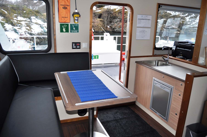bnr-70-sofa-and-pentry-on-the-bridge